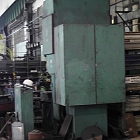 Eccentric press with fixed table